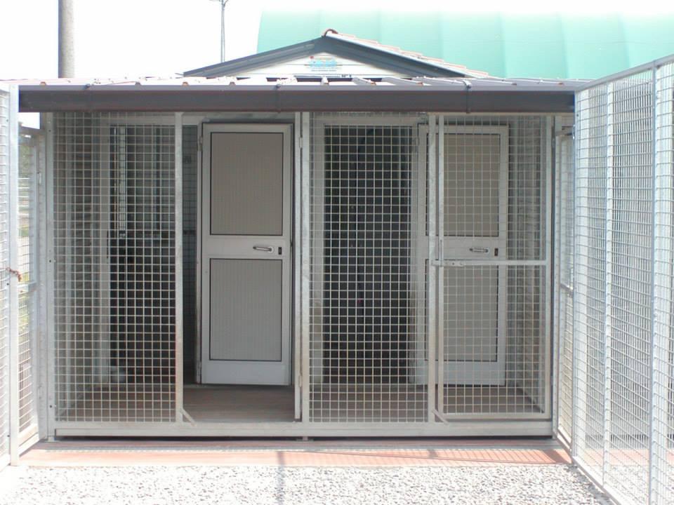 Pensione per cani e gatti a treviglio bergamo for Box per cani da esterno usati